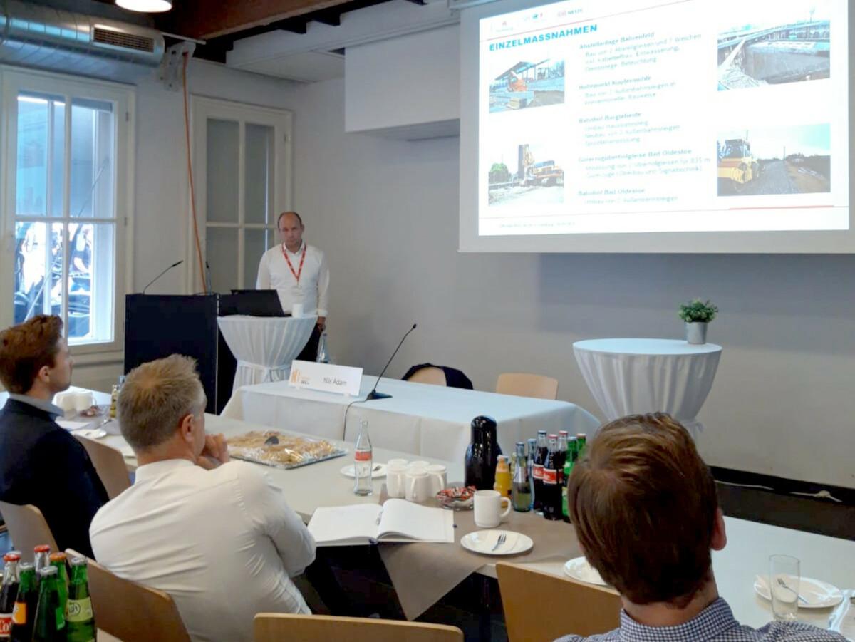 Beim Fachvortrag präsentierte Teamleiter Nils Adam die geplanten Baumaßnahmen